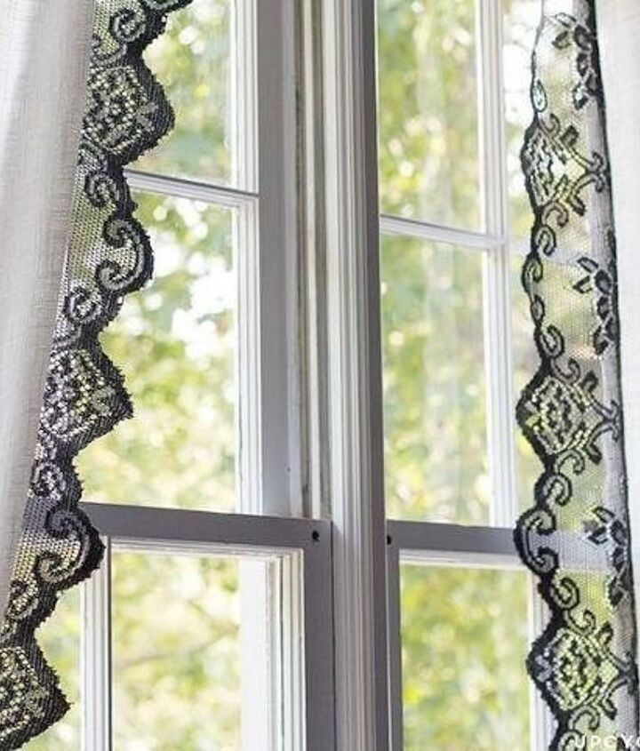 Bathroom Window Treatment Ideas (Katie Nathey)