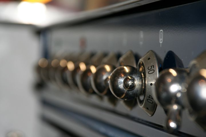 How to Clean an Oven (pixabay)