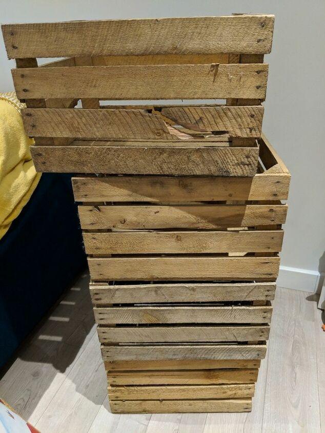 4 large crates