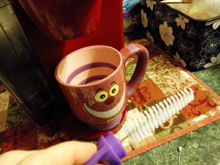 Cleaning a Coffee Maker (Cynthia H.)