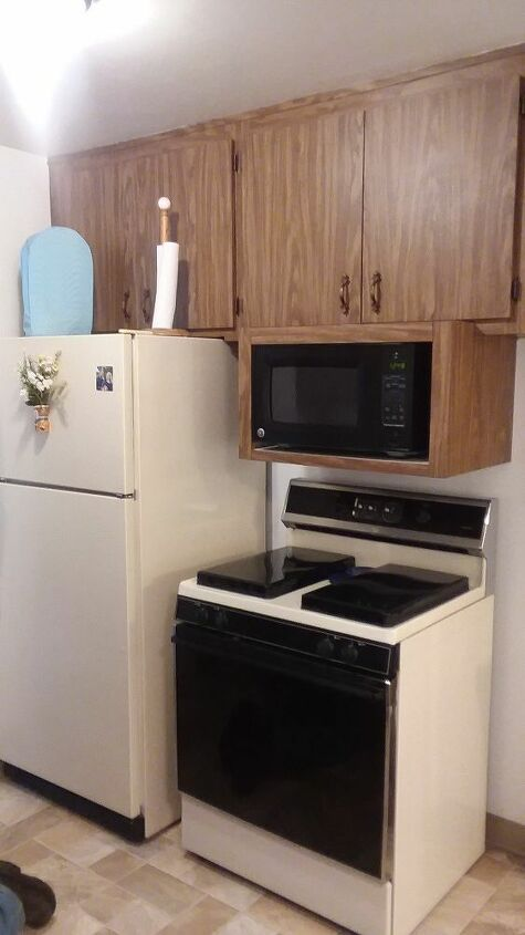 How Can I Paint My Brown Laminate Kitchen Cabinets White