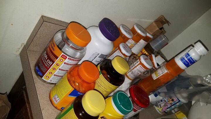 q organize prescription bottles