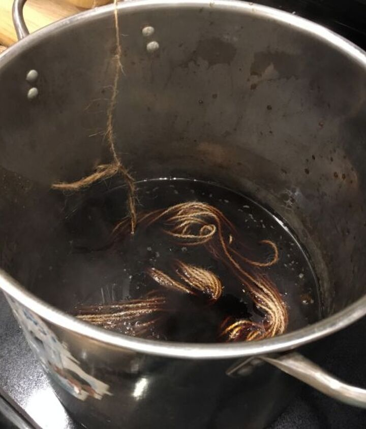 how to make fabric dye with acorns