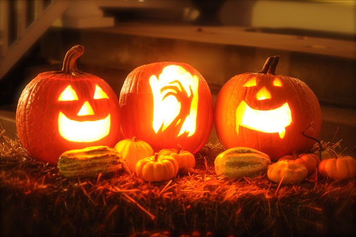 Pumpkin Carving Ideas (pixabay)