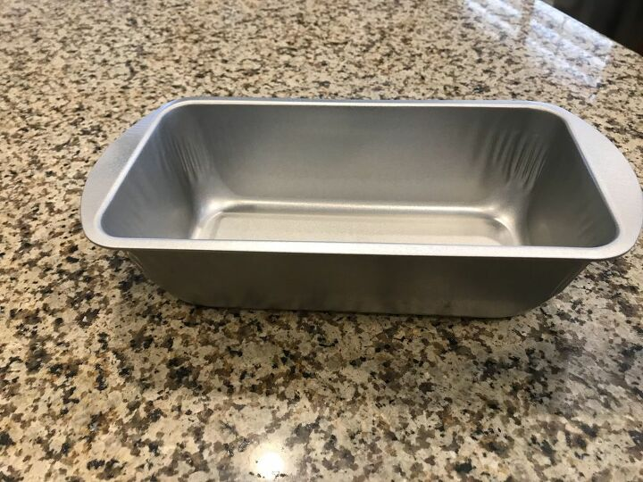 my bread pan tin caddy