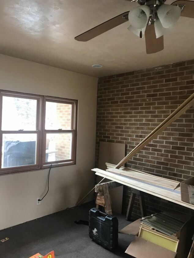 q looking for ideas formybreezeway walls two walls are brick being de