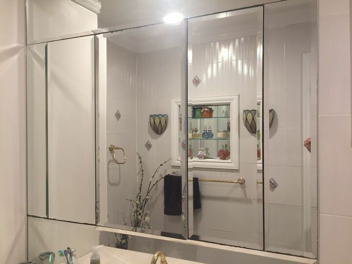 q what to do with aging bathroom mirror cabinet