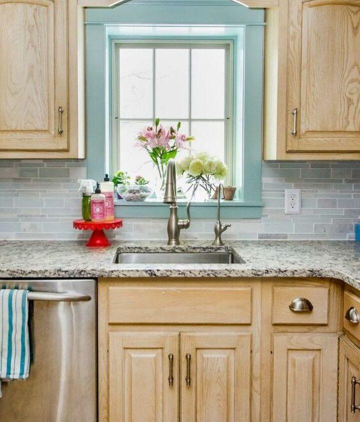 painted kitchen windowsill