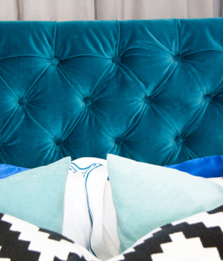 s tufted headboard ideas, A Velvet Tufted Headboard Fit for Royalty