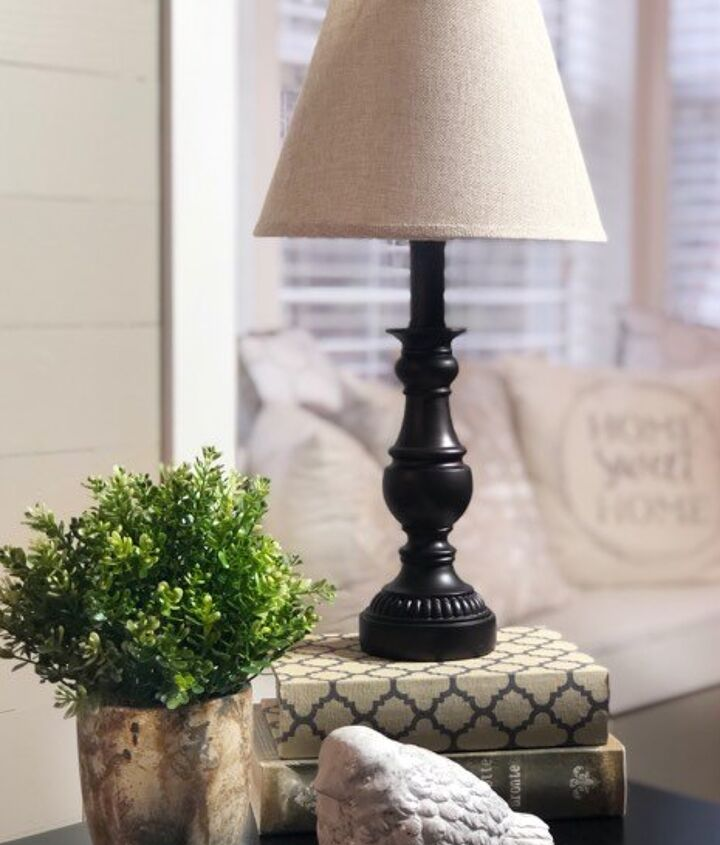 learn how to paint a lamp