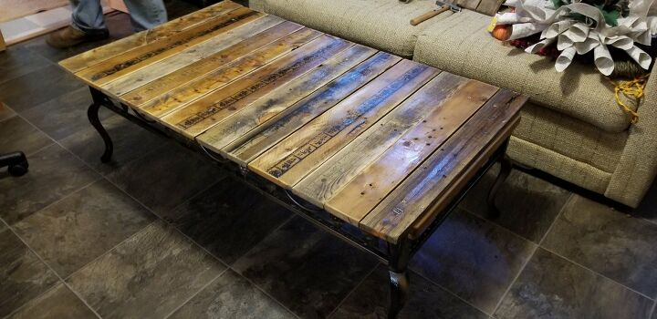 s wood slabs diy projects, Wood Slab Coffee Table