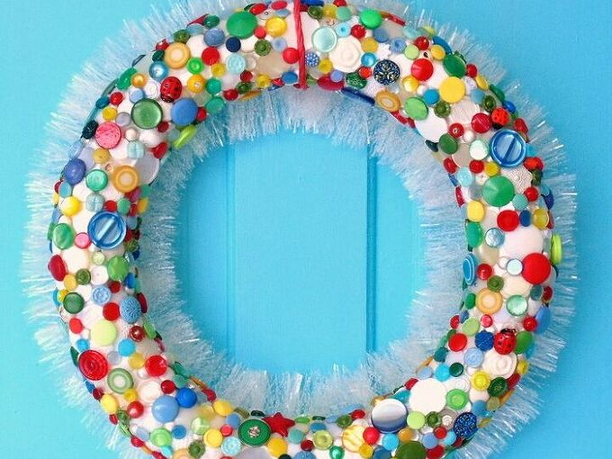 create a colorful diy button wreath