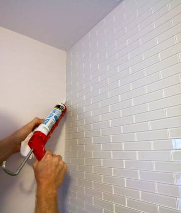 eel-and-Stick White Glass Subway Tile