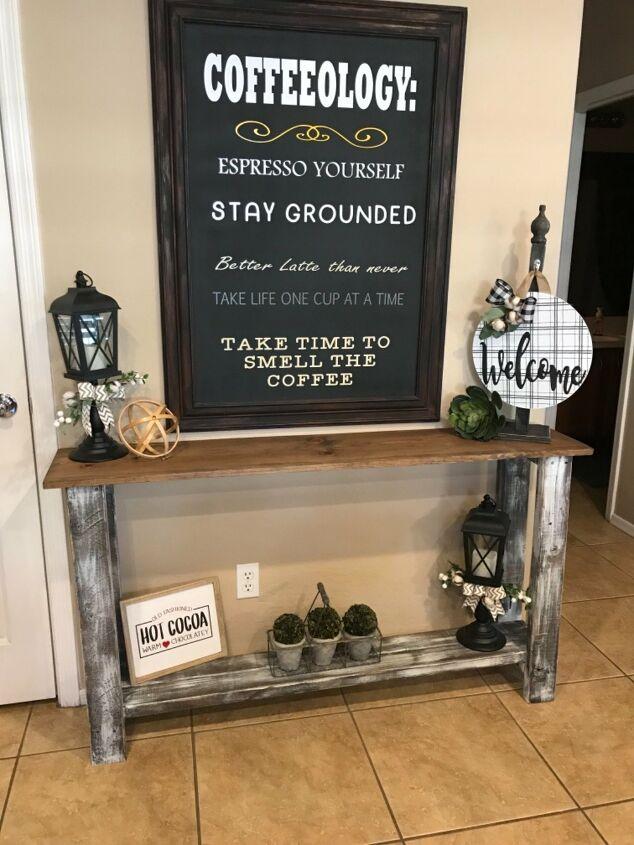 Farmhouse Style for a Small Entryway Table