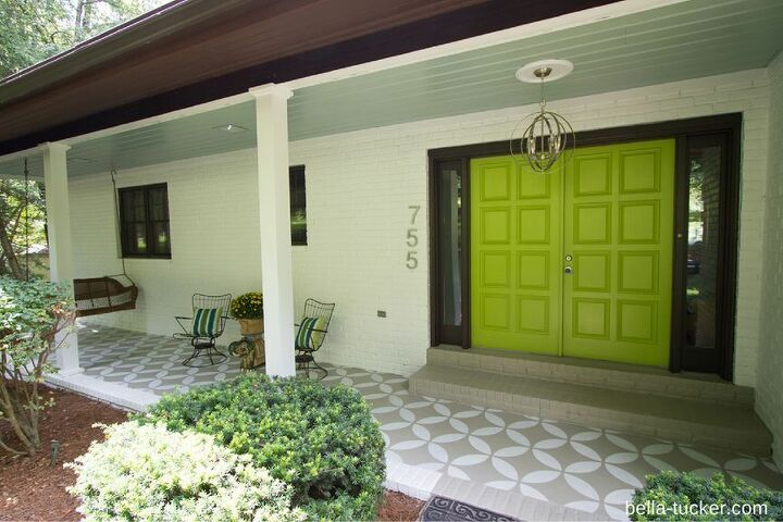 s front porch ideas, A Whitewashed Wall with A Bold Front Door