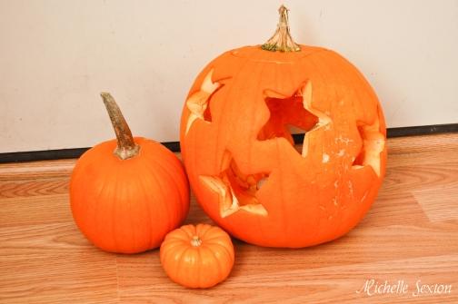 cookie cutter pumpkin carving ideas