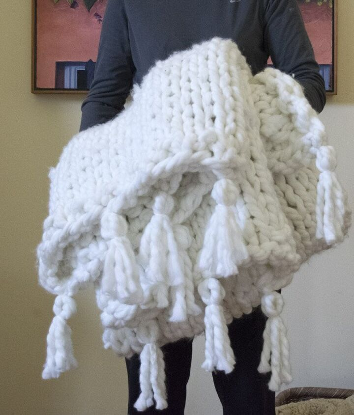 Perfect Size chunky knit blanket