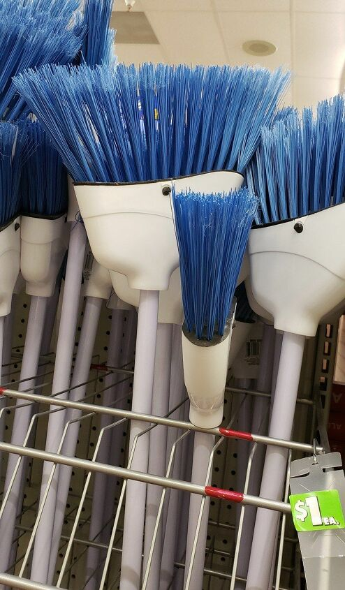 s 12 life hacks make spring cleaning easy as pie, Use a broom to scrub your tub