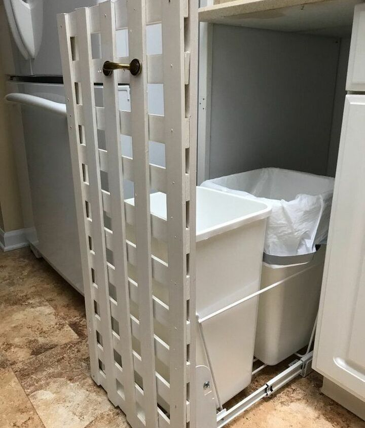 s why haven t we thought of these ideas sooner, Use lattice as a pretty cabinet door