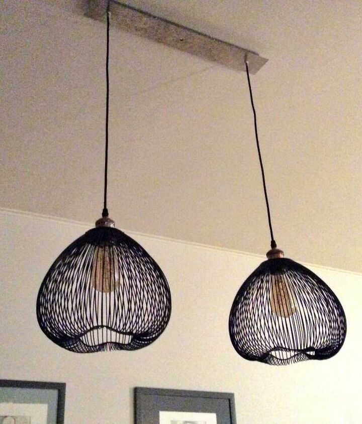 s why haven t we thought of these ideas sooner, Use wired baskets as trendy lighting