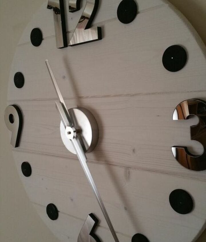 s 15 clock projects so you can stop checking your phone, A wooden classic