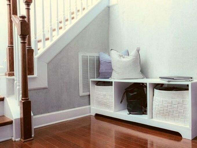 how to build a cheap storage bench