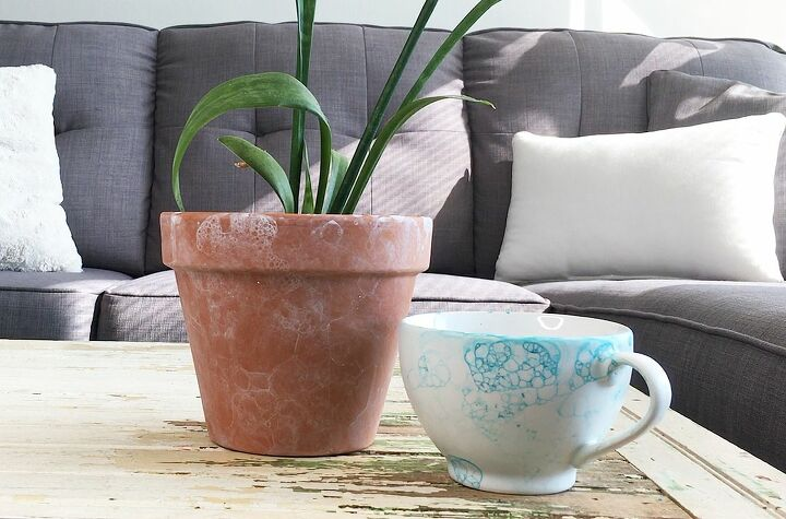 s terra cotta pots have never looked so glam not just for plants, Bubble painting with dish soap