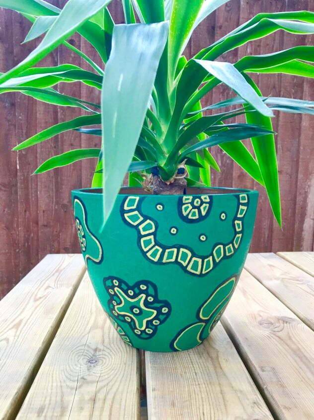 s terra cotta pots have never looked so glam not just for plants, A lick of emerald green paint