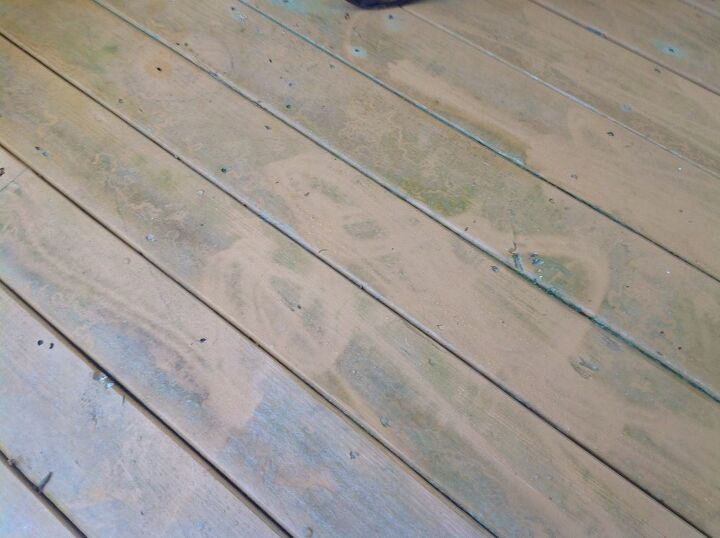 q how is the best way to get pollen off a wood deck