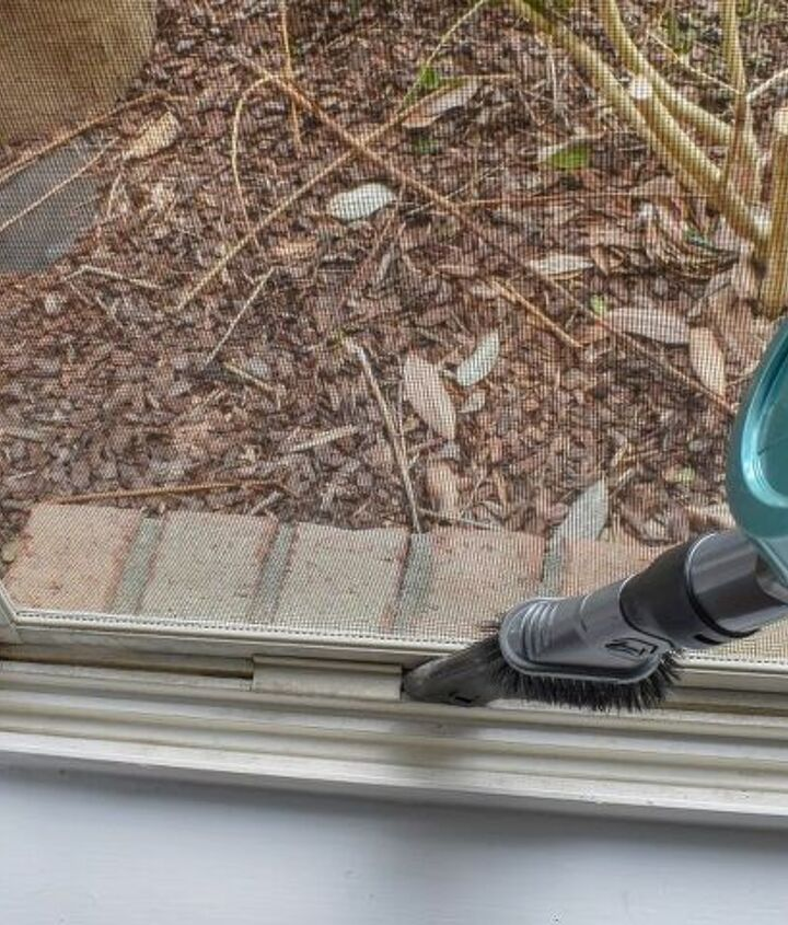 window deep cleaning with natural products