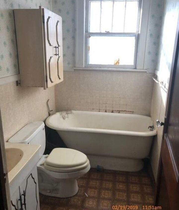 q how do you build a renovate a very small bathroom
