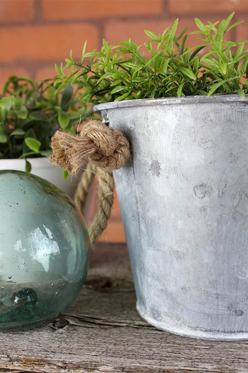 how to age galvanized metal containers
