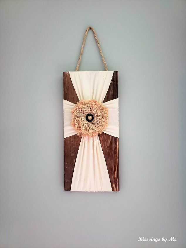 diy rustic wooden cross wall decor