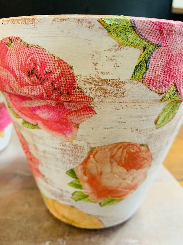 diy decopauged napkin terra cotta pot