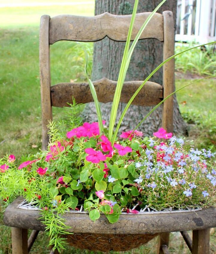 chicken wire plant chair