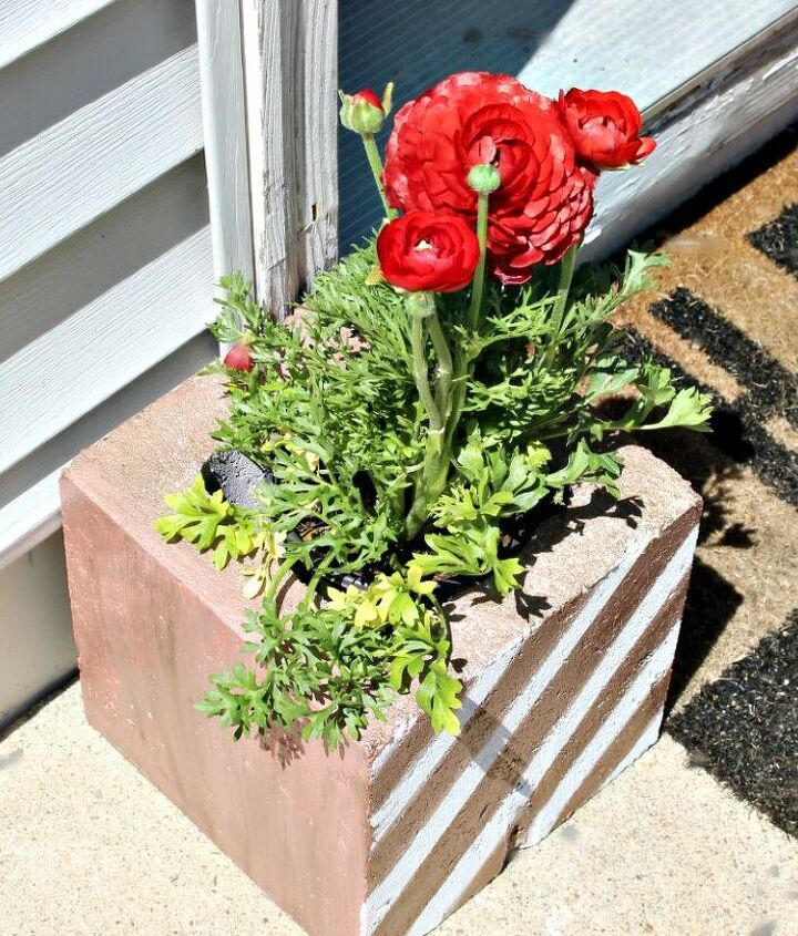 make fun diy cinder block garden planters under 5