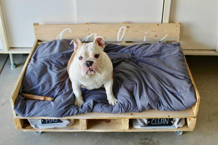 Pallet Dog Bed Wheel