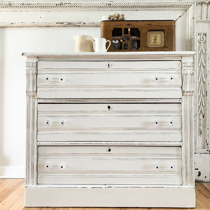 the white milk paint chest of drawers
