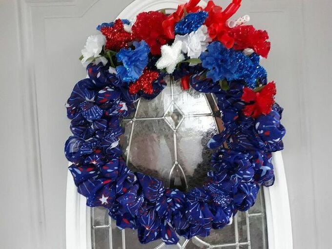 a patriotic wreath