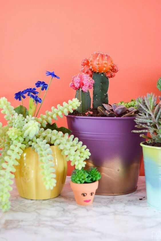 spray paint ombre planters