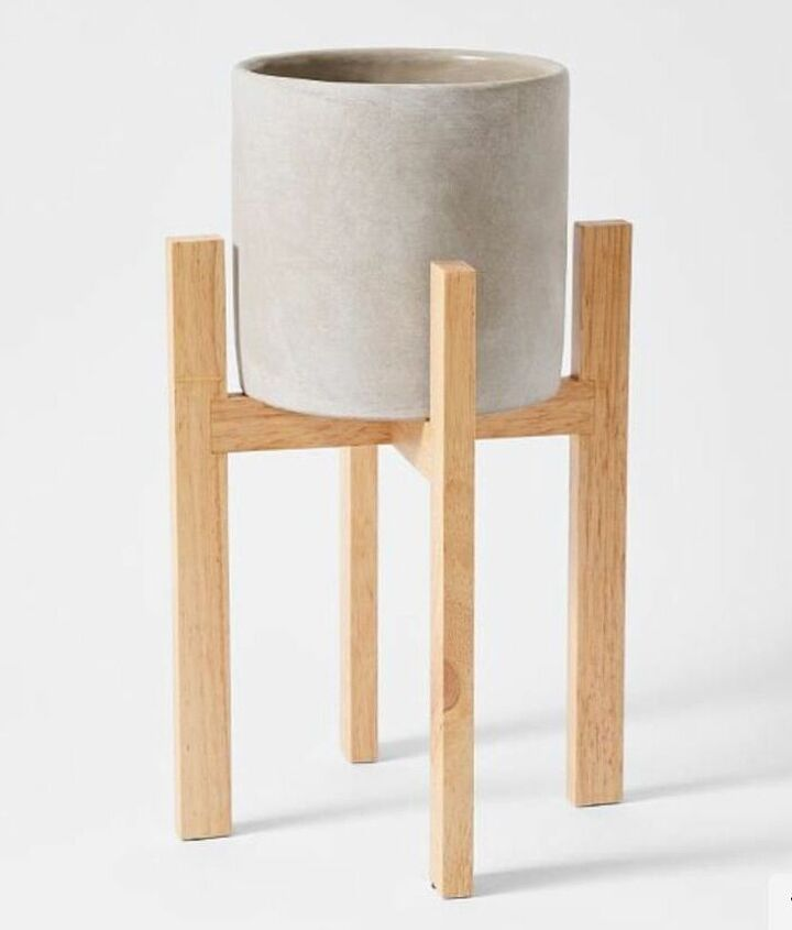 q how do i go about making a wooden pot plant stand with minimal tools