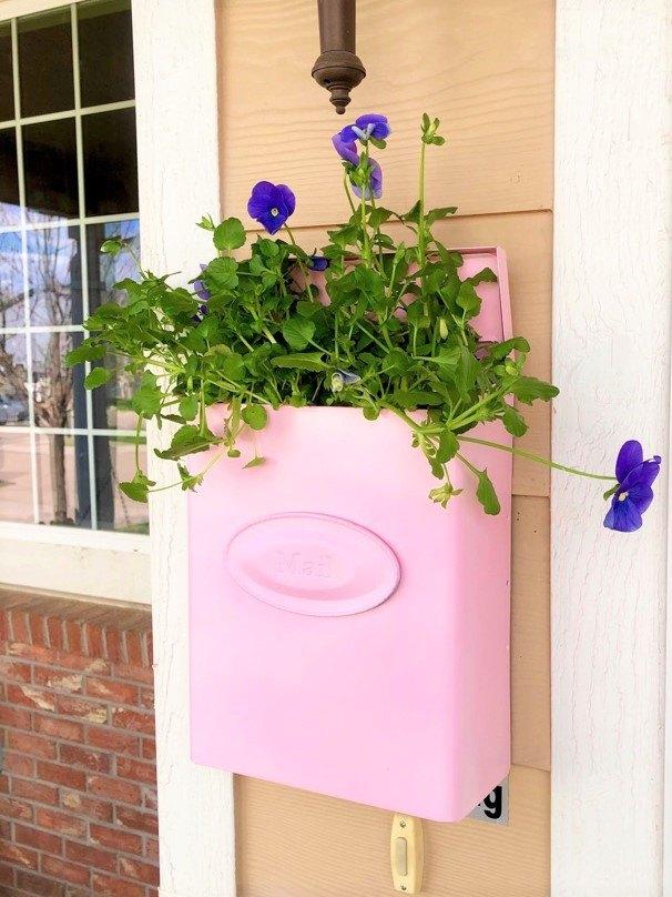 repurposed mailbox planter