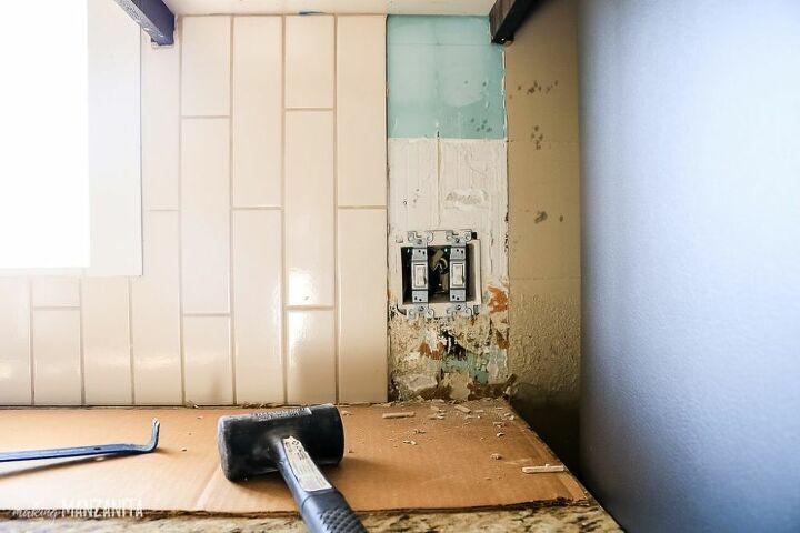 how to remove kitchen backspalsh tile