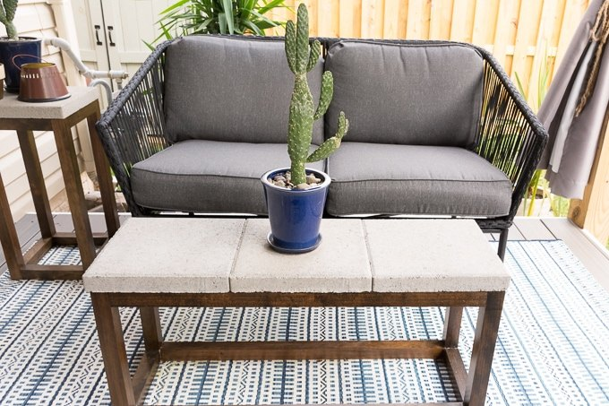 budget friendly outdoor coffee table build