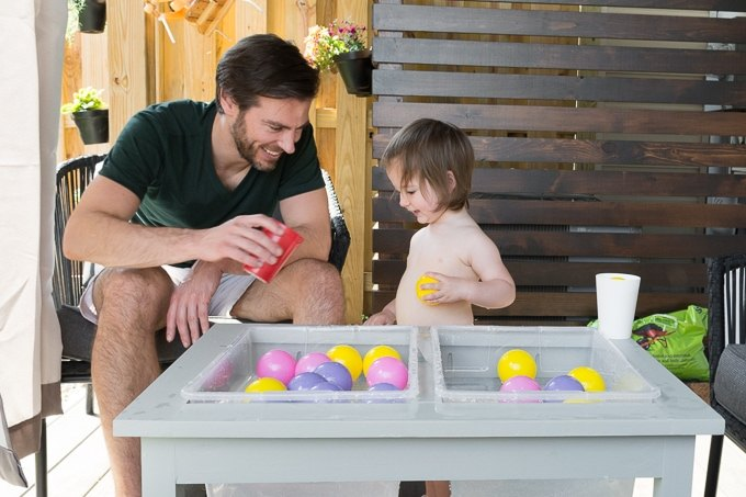 cheap but pretty water play table for kids