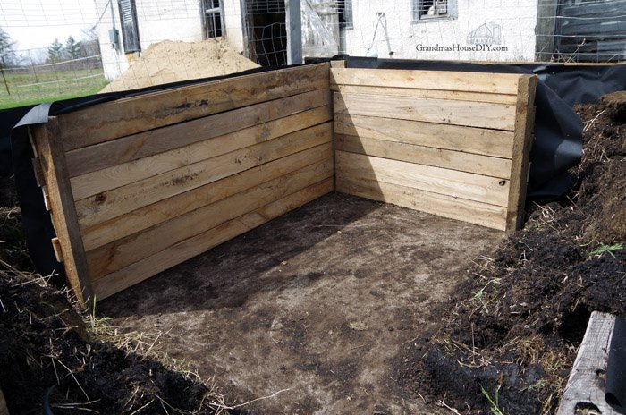 raised beds in my garden building with oak and barn wood