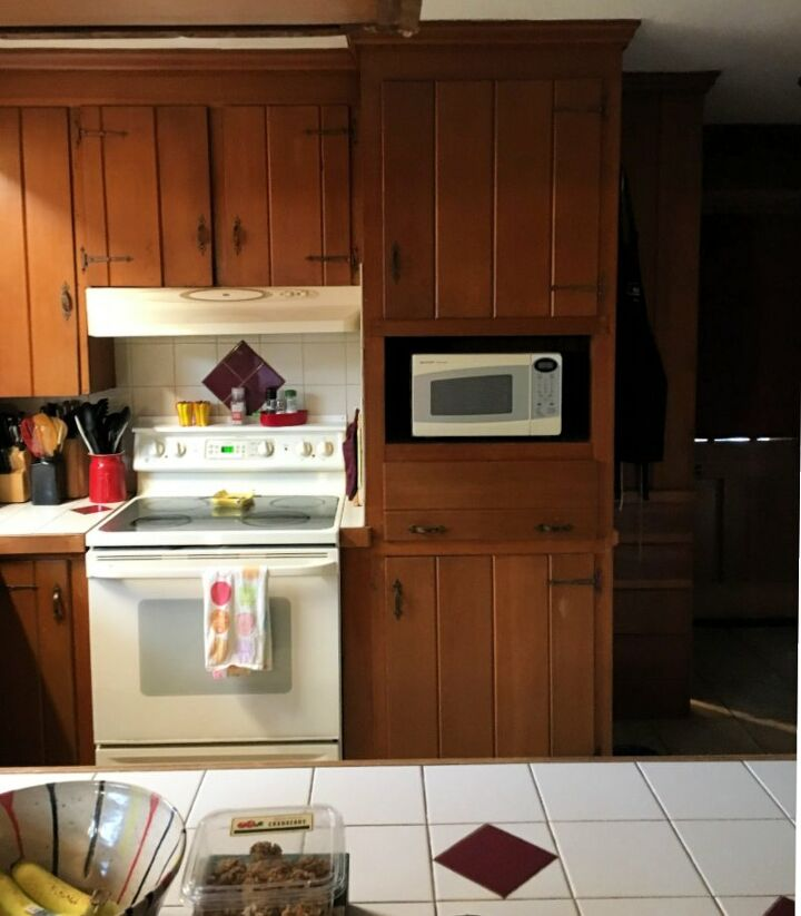 updated kitchen back splash with peel and stick tiles