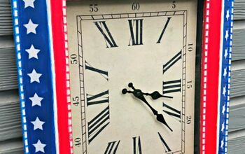 A Boring Thrift Store Clock Gets Dressed Up for the 4th!