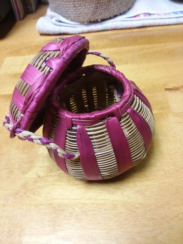 q any good ideas using this small basket