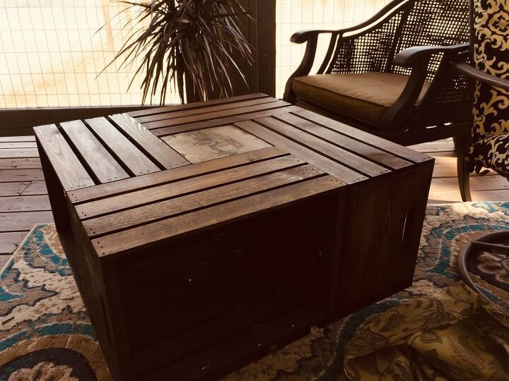 wooden crate table, Finished